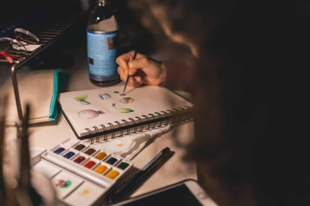 dipingere aiuta la creatività